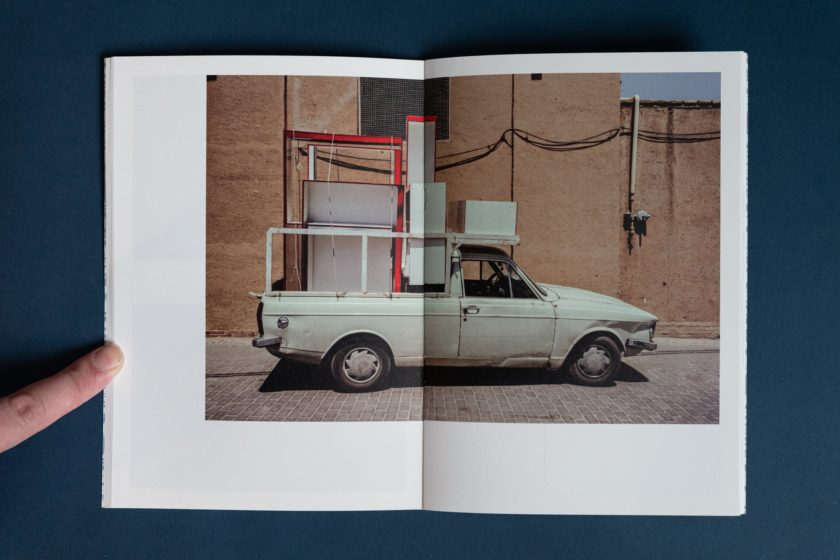 A lizard walked beside me in the desert — a photobook by Janko Bosch
